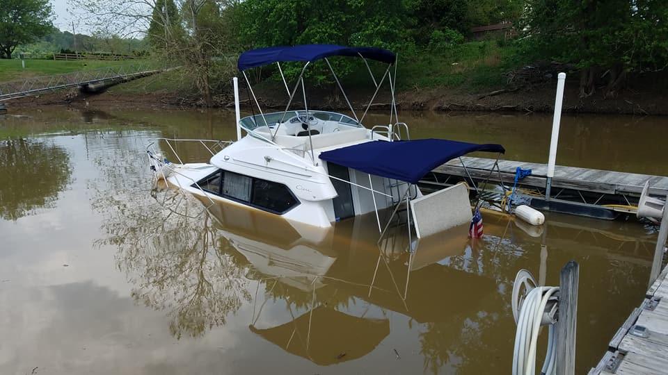 BoatSunk1.jpg
