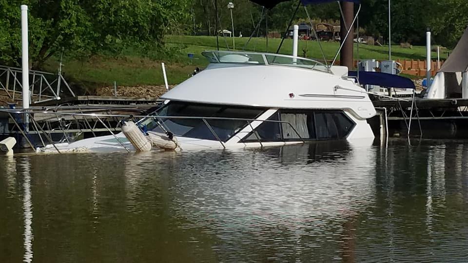 BoatSunk2.jpg