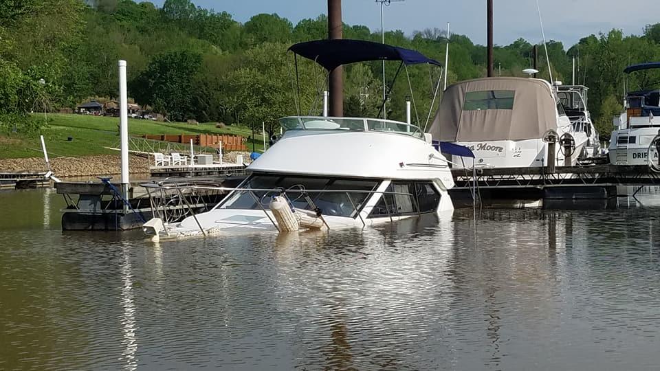BoatSunk3.jpg