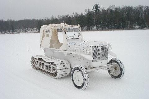 M7_Snow_Tractor_right.JPG