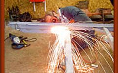 11-welding-new-chassis.jpg
